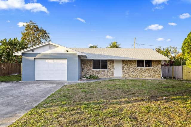 2819 Worcester Road, Lantana, FL 33462 (#RX-10695004) :: Signature International Real Estate