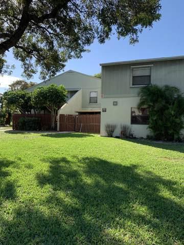 33 Crossings Circle B, Boynton Beach, FL 33435 (MLS #RX-10695365) :: Berkshire Hathaway HomeServices EWM Realty