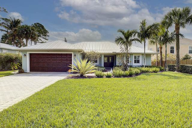 526 SW Rustic Circle, Stuart, FL 34994 (MLS #RX-10695394) :: Berkshire Hathaway HomeServices EWM Realty