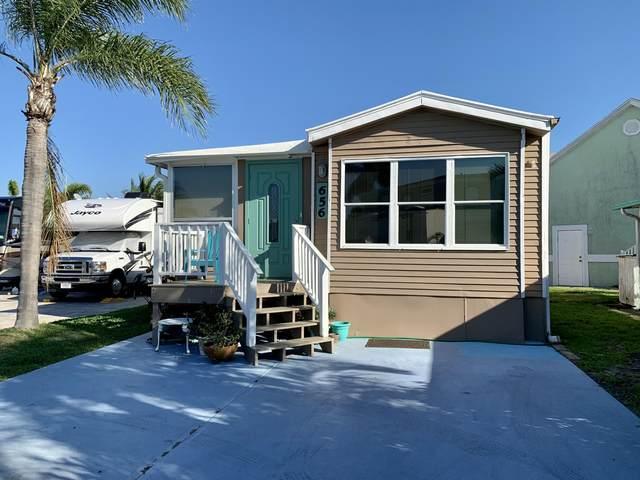 656 Nettles Boulevard, Jensen Beach, FL 34957 (MLS #RX-10695401) :: United Realty Group
