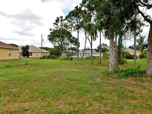 741 SW Dolores Avenue, Port Saint Lucie, FL 34983 (#RX-10695762) :: Signature International Real Estate