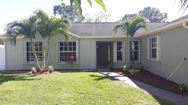 150 SW Kestor Drive, Port Saint Lucie, FL 34953 (#RX-10695848) :: Signature International Real Estate