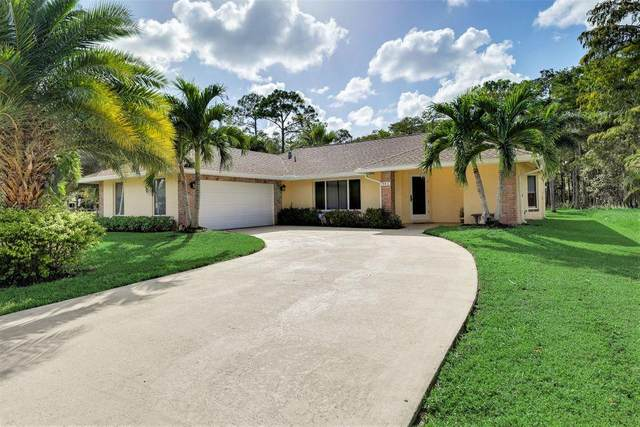 941 Azure Avenue, Wellington, FL 33414 (#RX-10695857) :: Signature International Real Estate