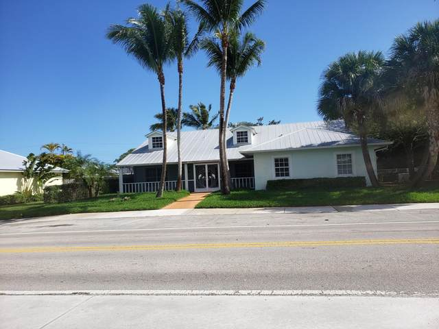 4931 SE Anchor Avenue, Stuart, FL 34997 (MLS #RX-10695906) :: Castelli Real Estate Services