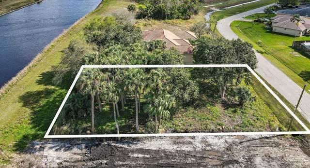 2213 SW Salmon Road, Port Saint Lucie, FL 34953 (#RX-10697084) :: Signature International Real Estate