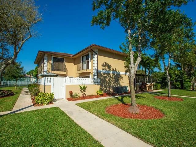 1482 N Lawnwood Circle #32, Fort Pierce, FL 34950 (#RX-10697231) :: Posh Properties