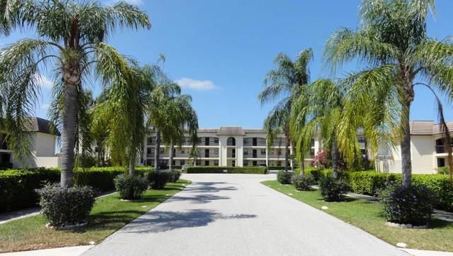 313 Lake Circle #310, North Palm Beach, FL 33408 (MLS #RX-10697277) :: Berkshire Hathaway HomeServices EWM Realty