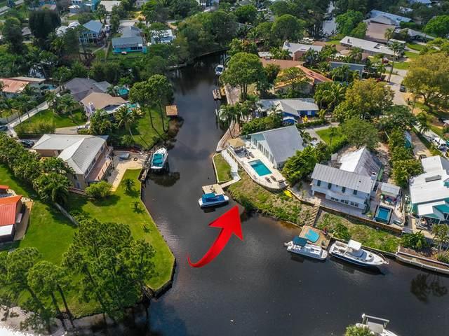1372 SW Evergreen Lane, Palm City, FL 34990 (MLS #RX-10697282) :: Castelli Real Estate Services
