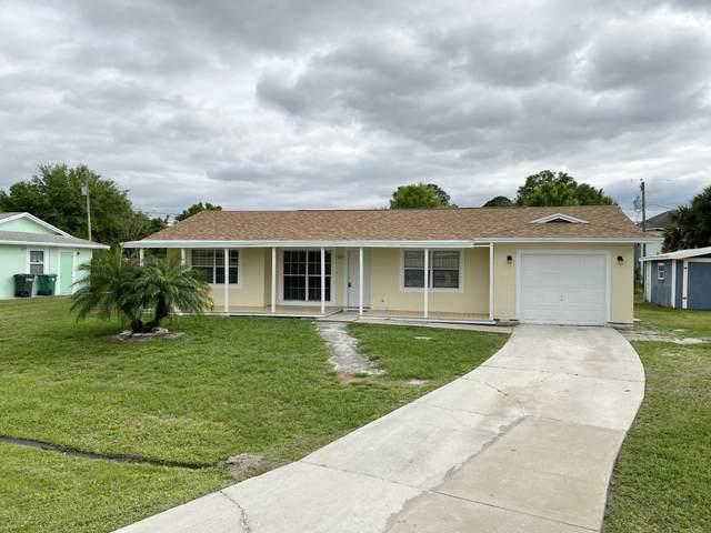 1582 SW Chari Avenue, Port Saint Lucie, FL 34953 (#RX-10697288) :: Posh Properties