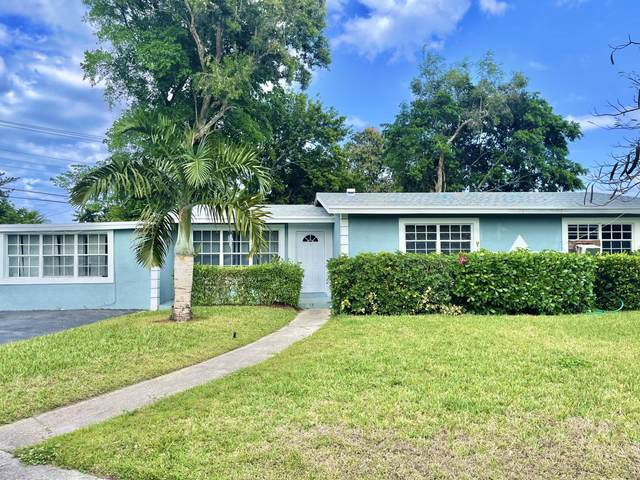 1319 NW 14th Court, Fort Lauderdale, FL 33311 (MLS #RX-10697291) :: Castelli Real Estate Services