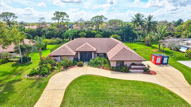 15240 Meadow Wood Drive, Wellington, FL 33414 (#RX-10697524) :: Treasure Property Group