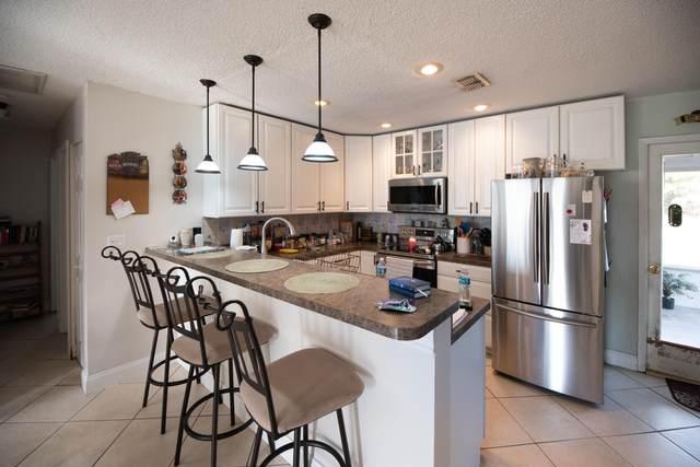 5561 SE Grafton Avenue, Stuart, FL 34997 (#RX-10697572) :: Baron Real Estate