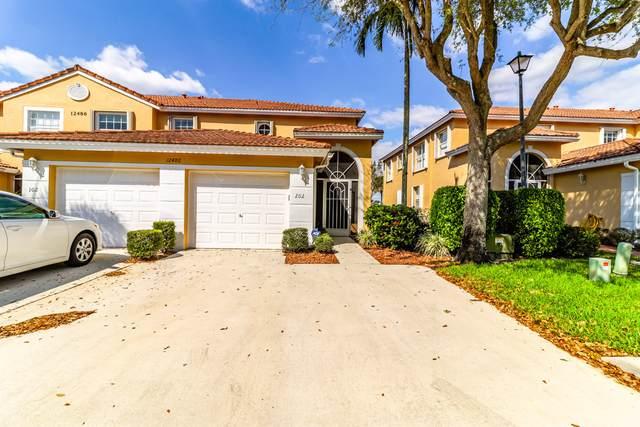 12486 Crystal Pointe Drive #202, Boynton Beach, FL 33437 (MLS #RX-10697599) :: Castelli Real Estate Services