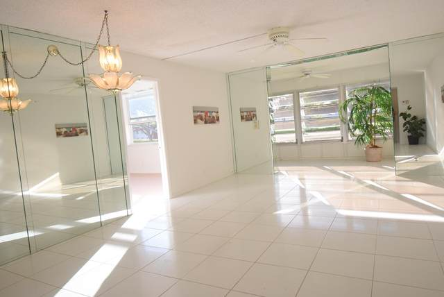 14 Willowbrook Lane #207, Delray Beach, FL 33446 (#RX-10698159) :: DO Homes Group