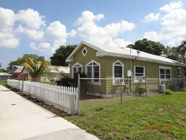 1111 Avenue D, Fort Pierce, FL 34950 (#RX-10698965) :: Baron Real Estate