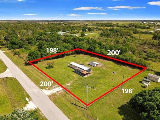2328 103rd Drive, Okeechobee, FL 34974 (#RX-10699401) :: Ryan Jennings Group