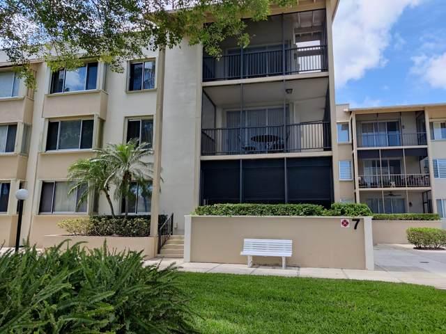 11811 Avenue Of P G A 7-1G, Palm Beach Gardens, FL 33418 (#RX-10700221) :: The Rizzuto Woodman Team