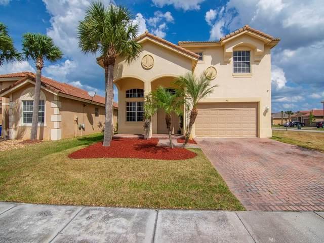 766 Aberfoyle Avenue, Fort Pierce, FL 34947 (MLS #RX-10700687) :: The Jack Coden Group