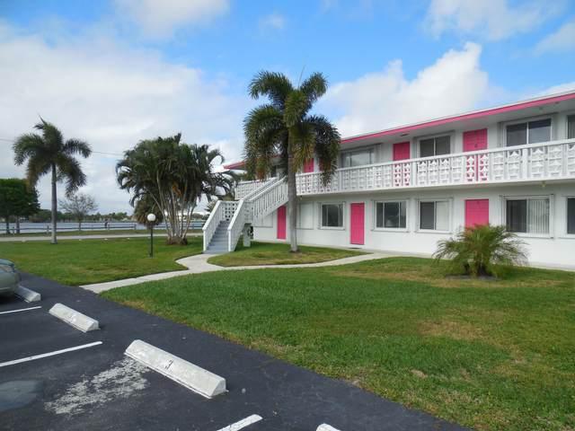 2180 Lake Osborne Drive #11, Lake Worth Beach, FL 33461 (#RX-10701053) :: Ryan Jennings Group