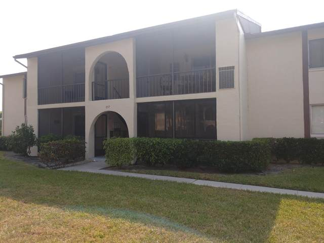 317 Knotty Pine Circle D-2, Greenacres, FL 33463 (#RX-10701096) :: Ryan Jennings Group
