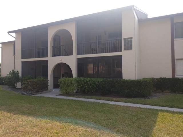 317 Knotty Pine Circle D-2, Greenacres, FL 33463 (#RX-10701096) :: Baron Real Estate