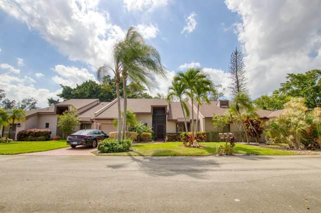 4677 Fountains Drive S, Lake Worth, FL 33467 (#RX-10701142) :: Posh Properties