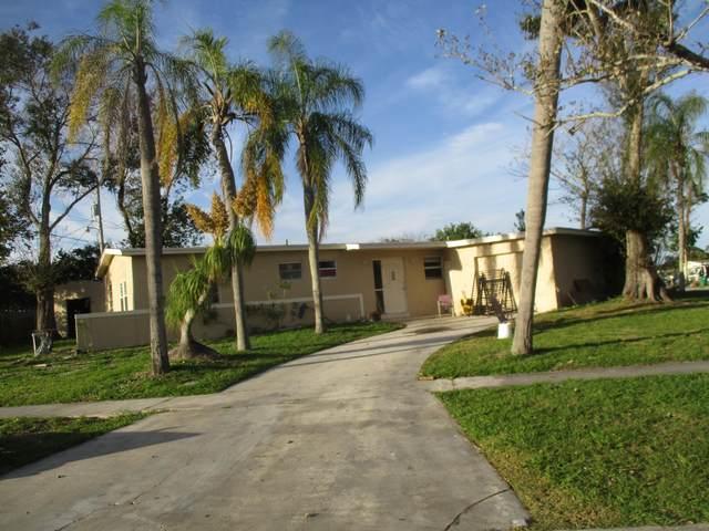 201 SE Bonita Court, Port Saint Lucie, FL 34983 (#RX-10701215) :: Posh Properties
