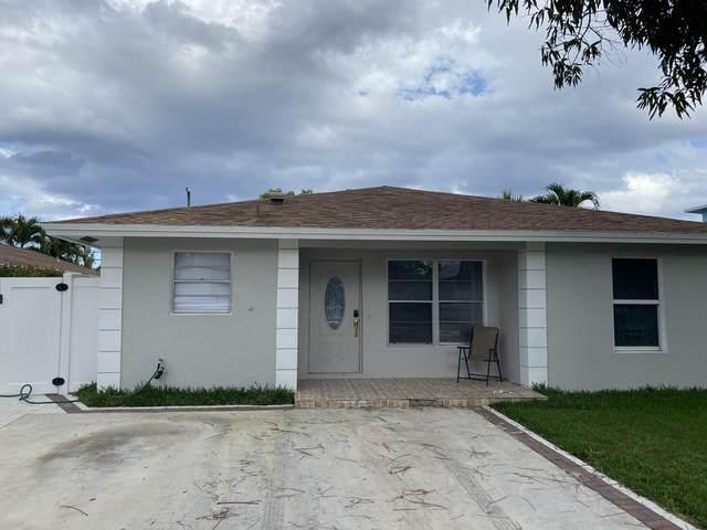 305 SE 4th Avenue, Delray Beach, FL 33483 (MLS #RX-10701327) :: The Jack Coden Group
