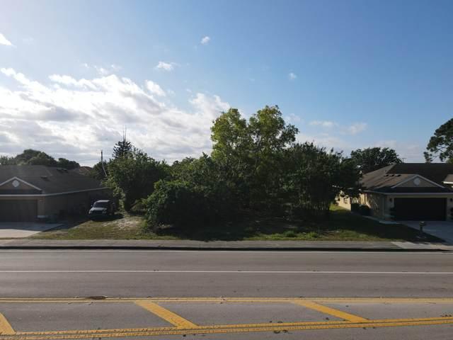 130 NE St James Drive, Port Saint Lucie, FL 34983 (MLS #RX-10701447) :: Castelli Real Estate Services