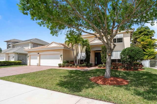 565 SW Yacht Basin Way, Stuart, FL 34997 (MLS #RX-10701482) :: Berkshire Hathaway HomeServices EWM Realty