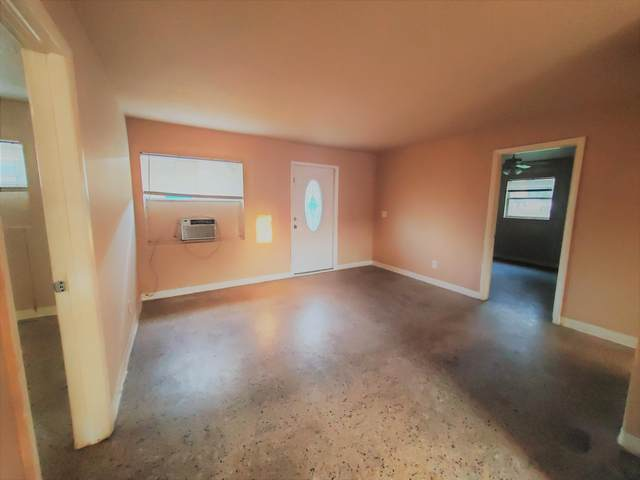 1609 H Avenue, Fort Pierce, FL 34950 (#RX-10701532) :: Signature International Real Estate