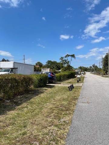 107 Neva Drive, West Palm Beach, FL 33415 (#RX-10701566) :: Posh Properties