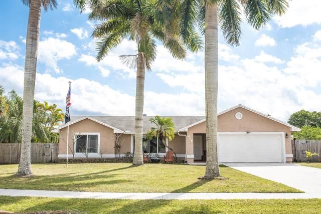 412 Las Palmas Street, Royal Palm Beach, FL 33411 (MLS #RX-10701601) :: The Jack Coden Group