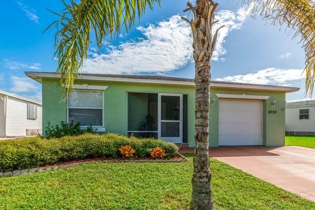6734 Spanish Lakes Boulevard, Fort Pierce, FL 34951 (#RX-10702279) :: Michael Kaufman Real Estate