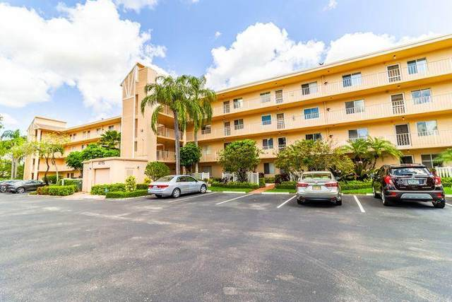 6795 Huntington Lane #403, Delray Beach, FL 33446 (#RX-10702450) :: Ryan Jennings Group