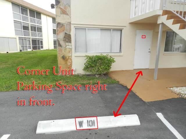 400 Village Green Circle W #101, Palm Springs, FL 33461 (#RX-10702897) :: Michael Kaufman Real Estate