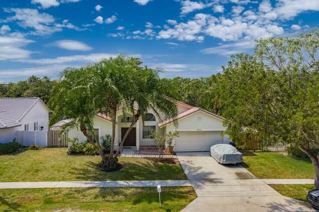 7781 Texas Trail, Boca Raton, FL 33487 (#RX-10703050) :: Ryan Jennings Group