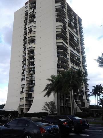 2400 Presidential 304 Way #304, West Palm Beach, FL 33401 (#RX-10703186) :: The Rizzuto Woodman Team