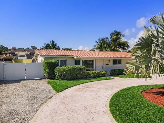 300 SW 14th Place, Boca Raton, FL 33432 (MLS #RX-10703251) :: The Paiz Group