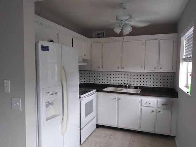 215 Kent M, West Palm Beach, FL 33417 (#RX-10703303) :: Ryan Jennings Group