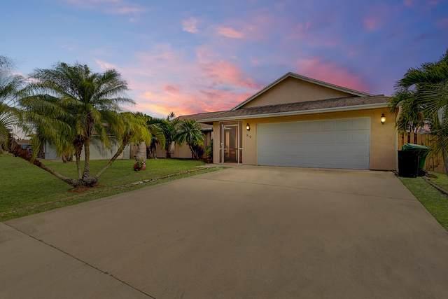 510 SW Ray Avenue, Port Saint Lucie, FL 34983 (MLS #RX-10703668) :: The Paiz Group