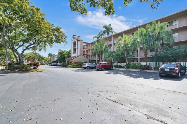 7300 Amberly Lane #310, Delray Beach, FL 33446 (#RX-10703808) :: The Rizzuto Woodman Team