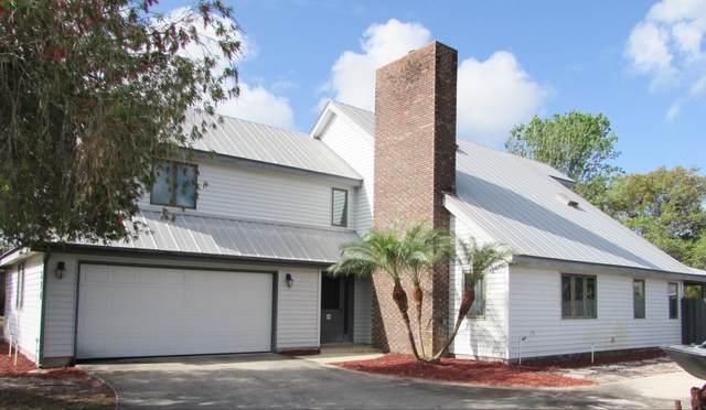 674 SE Hidden River Drive, Port Saint Lucie, FL 34983 (MLS #RX-10703847) :: The Paiz Group