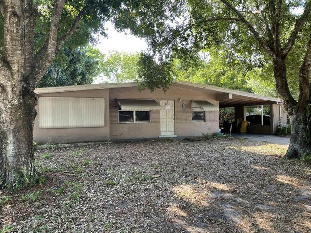 3033 Summit Street, Fort Pierce, FL 34982 (MLS #RX-10704160) :: The Paiz Group