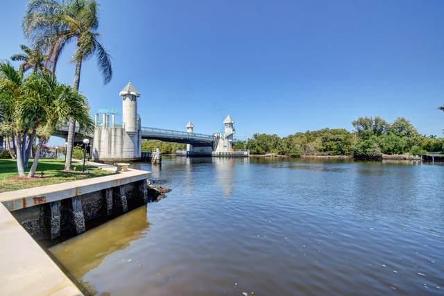 530 Horizons E #302, Boynton Beach, FL 33435 (#RX-10704357) :: Signature International Real Estate
