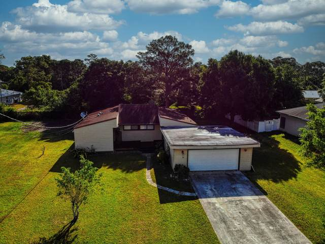 5800 Myrtle Drive, Fort Pierce, FL 34982 (MLS #RX-10704497) :: The Paiz Group
