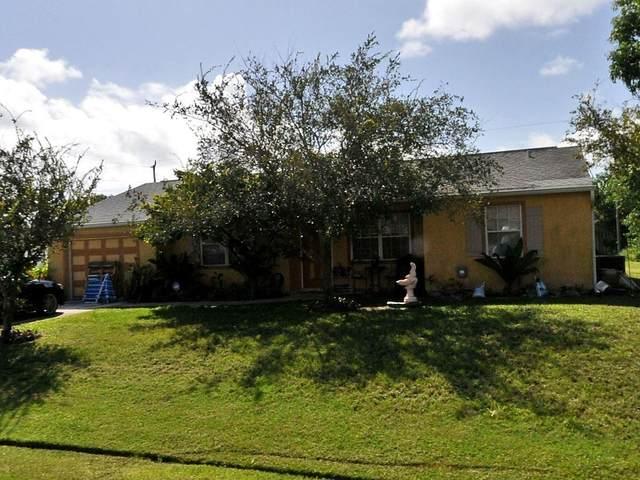 1998 SE Lavina Circle, Port Saint Lucie, FL 34952 (MLS #RX-10704625) :: The Jack Coden Group