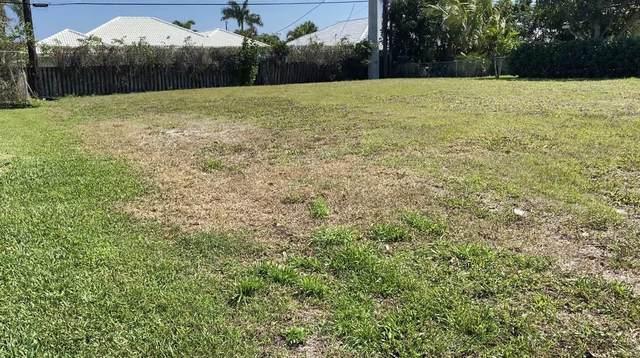 9 Sw Avenue, Boca Raton, FL 33486 (MLS #RX-10704899) :: The Jack Coden Group