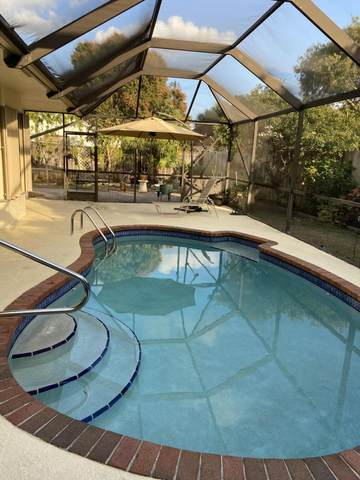 54 Cedar Circle, Boynton Beach, FL 33436 (#RX-10704974) :: Signature International Real Estate