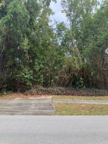 6623 SE Lillian Court, Stuart, FL 34997 (#RX-10705170) :: Baron Real Estate